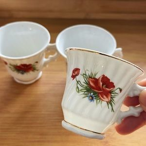 ✨Elegant Floral Gold Trim Teacups bundle